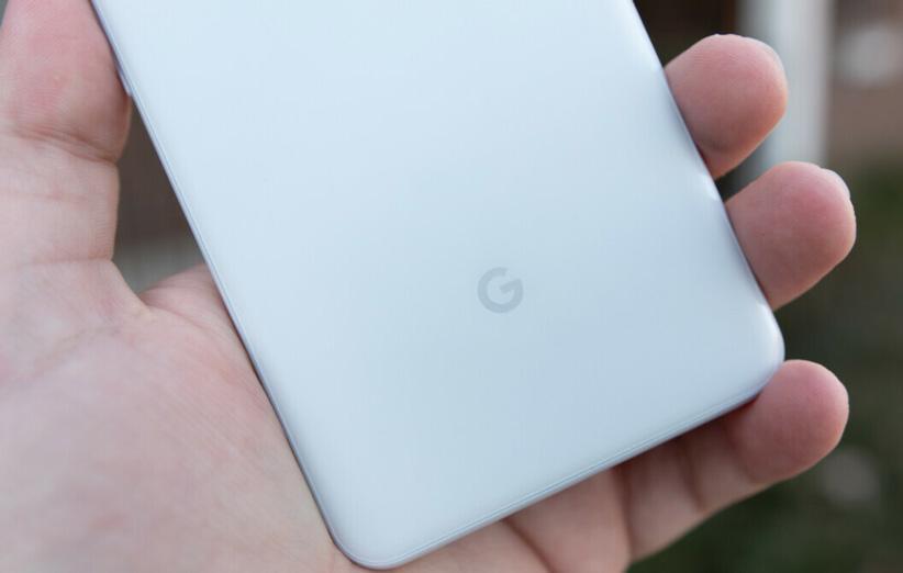 7 مرتبه ای که گوشی های پیکسل گوگل از مد روز عقب مانده اند