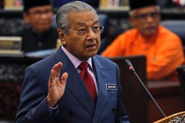 نخست وزیر مالزی استعفا کرد