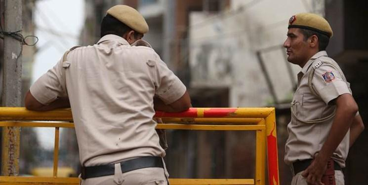 در گیری پلیس هند با کارگران معترض مهاجر